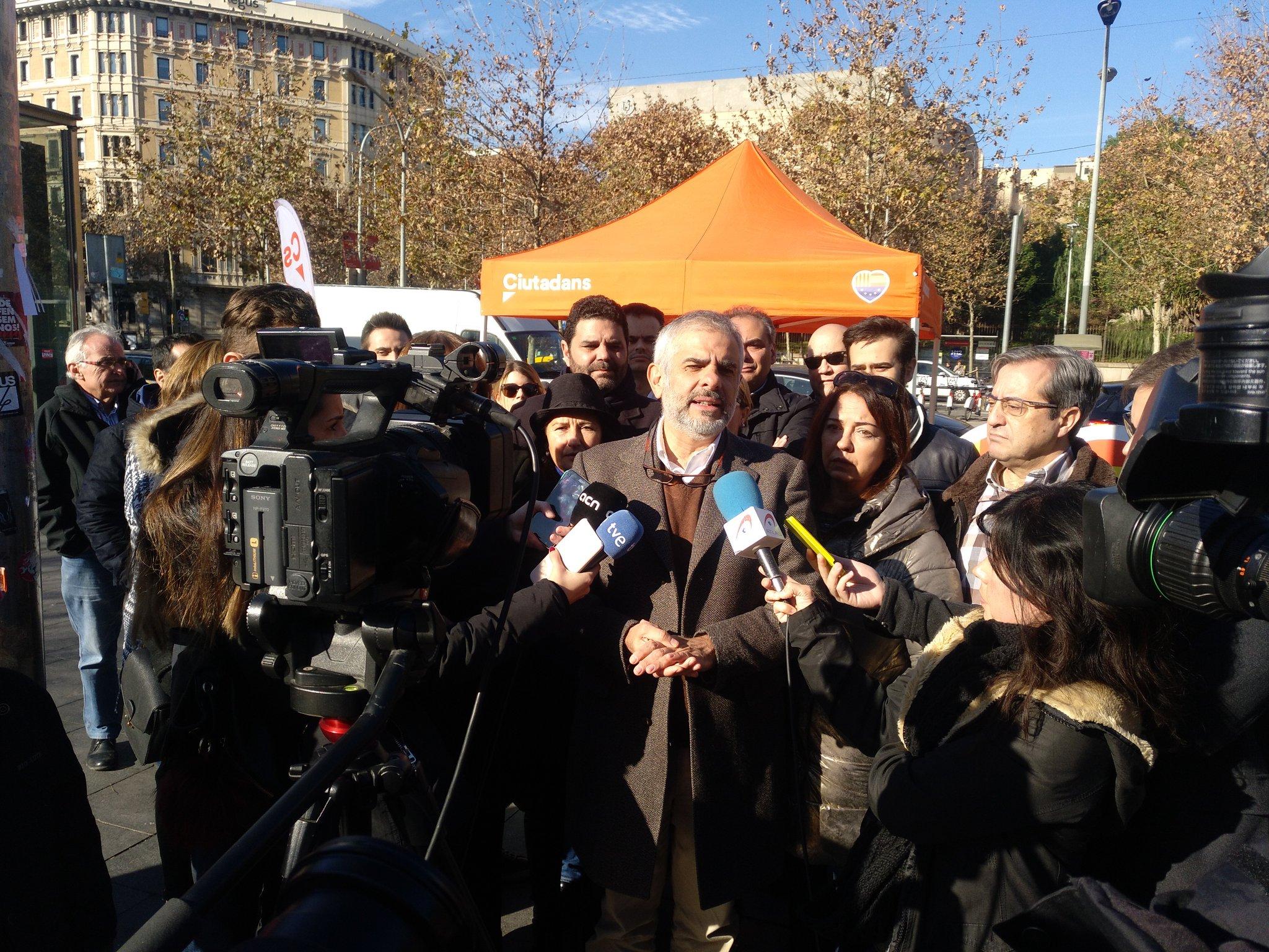 Carrizosa (Cs) a Sánchez: 'Está dispuesto a aprobar los presupuestos del 'procés' a cambio de seguir un cuarto de hora más en Moncloa'